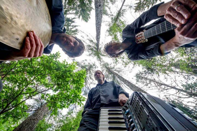 M.U.G. trio